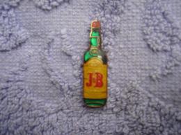 Pin J&B Whiskey - Dranken