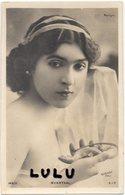 Femmes 612 Précurseur : Myrrthal Tenant Un Lézard ( Artiste Théâtre Marigny): édit. S I P 169/11 Photo Reutlinger - Femmes