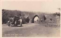 ZARIA CITY - STATION GATE . OLD MOTOR CAR - Nigeria