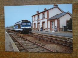 """Train , BB 67306 Tractant Une Rame Réversible Régionale """" Bretagne """" à Retiers Ligne De Rennes à Nantes - Trains"""