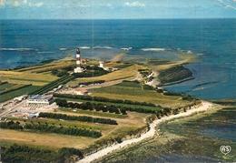 17. CPM. Charente Maritime. Ile D'Oléron. Saint-Denis D'Oléron. Phare De Chassiron - Frankrijk