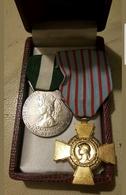2 Médailles RÉPUBLIQUE FRANÇAISE - France