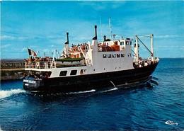 - Dpts Div.-ref-X766- Morbihan -  Ile De Groix - Bateau Jean Pierre Calloch Quittant Le Port - Transports - - Groix