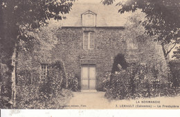14. Calvados : Lenault : Le Presbytere . - Frankreich