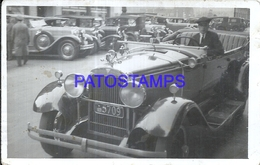 97474 AUTOMOBILE CAR AUTO SEDAN CONVERTIBLE AND DRIVER POSTAL POSTCARD - Cartes Postales