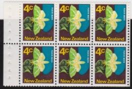 NZ    .     SG   .    6  Stamps       .        *     .         Mint-hinged    .   /   .    Ongebruikt - Nieuw-Zeeland