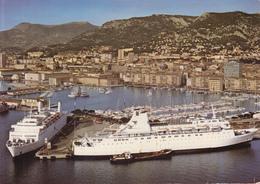 CPSM -83- TOULON - Le PORT - Les Ferrys à Quai * ANIMATION *SUP - **2 SCANS - Toulon