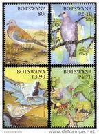 (219) Botswana  2005 / Birds / Oiseaux / Vögel / Pigeons / Colombes / Tauben  ** / Mnh  Michel 821-24 - Botswana (1966-...)