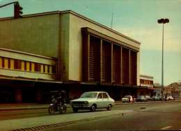 76-LE HAVRE...LA GARE S.N.C.F. AVEC VOITURES,MOBYLETTE........CPM - Station