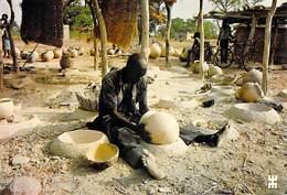 Afrique-BURKINA FASO - DADIGA Province De Bazéga Au Sud-ouest De Ouagadougou Atelier De Potiers (poterie) *PRIX FIXE - Burkina Faso