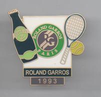 PINS PIN'S SPORT TENNIS PERRIER RAQUETTE - Tennis