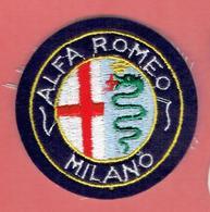 INSIGNE EN TISSU BRODE VOITURE ALFA ROMEO - Cars