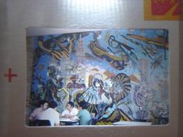 Ancienne Diapositive ESPAGNE Diapo Slide SPAIN Vintage Annees 60 - 70's Fresque Groupe - Diapositives (slides)