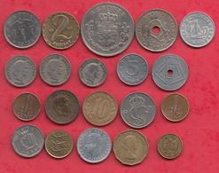 Autres-Europe 20 Pièces Dans L 'état (PRIX DE  DEPART  CASSE 0.015E  LA PIECE) Lot N °2 (POIDS 75 GR) - Coins & Banknotes