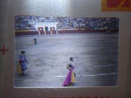 Ancienne Diapositive ESPAGNE Diapo Slide SPAIN Vintage Annees 70's CORRIDA 6 - Diapositives (slides)