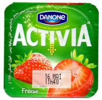"Opercule Cover Yaourt Yogurt "" Danone "" ACTIVIA Fraise Strawberry Yoghurt Yoghourt Yahourt Yogourt - Opercules De Lait"