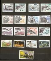 Saint Pierre Et Miquelon Petit Lot De 25 Timbres Neuf ** - Collections, Lots & Séries