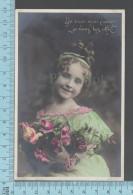 """CPA Fantaisie Fille - 1912, De Tout Mon Coeur Je Vous Les Offres """" Roses""""-  ED: AN 543 - Femmes"""