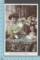 """CPA Fantaisie Femme - 1908, La Fleur Est Toujours Un Doux Gage.. """" Roses""""-  ED: CL 2009 - Femmes"""