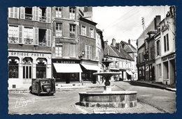 51. Sezanne. Place De La République. Optique-Photo G. Boulay. Tailleur G. Gaspar. Crédit Lyonnais. - Sezanne