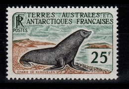 TAAF - YV 16 N** Cote 142 Euros - Terres Australes Et Antarctiques Françaises (TAAF)