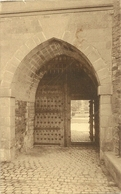 Château De Gaesbeek. Porche Et Porte D'entrée - Lennik