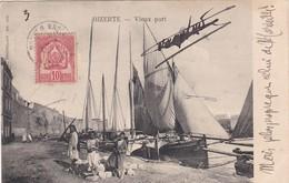 0801 BIZERTE - Vieux Port, Bâteaux à Quai, Des Enfants Contre - Tunisie