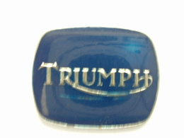 PIN'S TRIUMPH - LOGO - Motorbikes