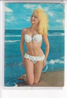 BLONDE AT THE BEACH BIKINI PIN UP SUMMER EROTIC. SERIE BAÑISTAS. MAGRINI SRL CIRCA 1960's- BLEUP - Pin-Ups