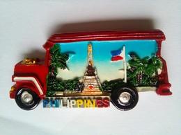 Red Jeepney Rizal Shrine - Tourisme