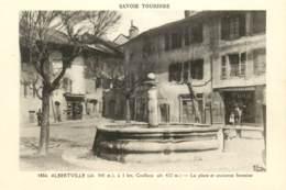 Albertville - La Place Et Ancienne Fontaine - Albertville