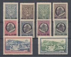 VATICANO 1945 MEDAGLIOCINI  Nº 102/109 + E7/E8 - Neufs