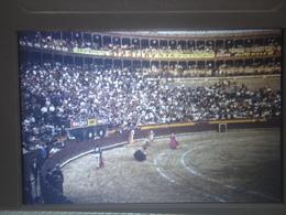 Ancienne Diapositive ESPAGNE Diapo Slide SPAIN Vintage Annees 70's CORRIDA ARENE 5 - Diapositives (slides)