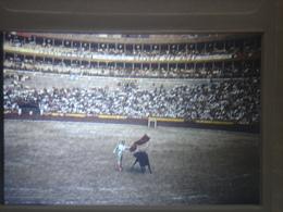 Ancienne Diapositive ESPAGNE Diapo Slide SPAIN Vintage Annees 70's CORRIDA ARENE 7 - Diapositives (slides)
