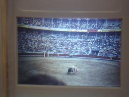 Ancienne Diapositive ESPAGNE Diapo Slide SPAIN Vintage Annees 70 CORRIDA ARENES 3 - Diapositives (slides)