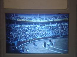 Ancienne Diapositive ESPAGNE Diapo Slide SPAIN Vintage Annees 70 CORRIDA ARENES 4 - Diapositives (slides)