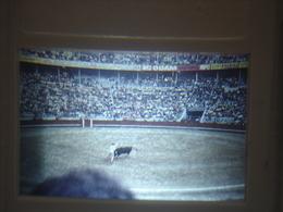 Ancienne Diapositive ESPAGNE Diapo Slide SPAIN Vintage Annees 70 CORRIDA ARENES 7 - Diapositives (slides)