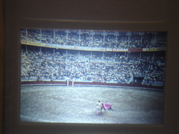 Ancienne Diapositive ESPAGNE Diapo Slide SPAIN Vintage Annees 70 CORRIDA ARENES 8 - Diapositives (slides)