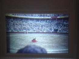 Ancienne Diapositive ESPAGNE Diapo Slide SPAIN Vintage Annees 70 CORRIDA ARENES 11 - Diapositives (slides)