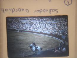 Ancienne Diapositive ESPAGNE Diapo Slide SPAIN Vintage 1958 CORRIDA Barcelone SALVADOR GUARDIOLA 2 - Diapositives (slides)