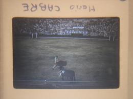 Ancienne Diapositive ESPAGNE Diapo Slide SPAIN Vintage 1958 CORRIDA Barcelone MARIO CABRE - Diapositives (slides)