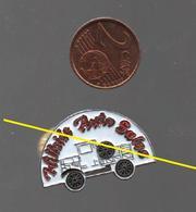 PIN'S ENTREPRISE AMERICAINE HILLSIDE AUTO SALES..DOS ARGENTE SANS INSCRIPTION - Badges