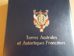 Lot N° 22 Un Lot Des Terres Australe Neufs **  / ATTENTION PAS DE PAYPAL. Bien Lire L'annonce - Collections (with Albums)