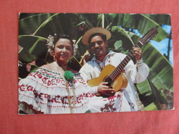 Native Costumes   Man With Guitar Panama  Ref 3032 - Panama