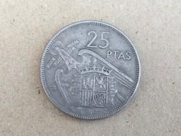 1957 (61) Spain Espana 25 Pesetas Coin - Key Date, Very Fine - 25 Pesetas