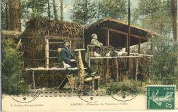LANDES -- CHASSEURS  DE  PALOMBES  à  L'AFFUT - Francia