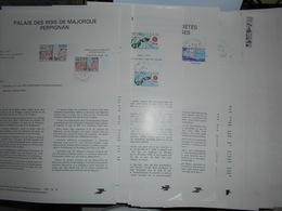 France , Collection 30 Documents Ptt Avec Timbres Obliteres Correspondant Des Annees 70 - France