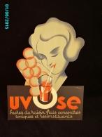 POC1    016  ..FEMME SUCANT UN UVOSE  Jus De Raisin  Signé BONARD  1930. Carton 39x29 .à FORME  T TB - Paperboard Signs