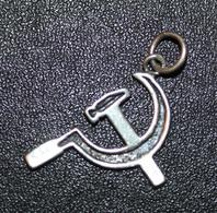 """Rare Pendentif Politique En Argent 925 """"Faucille Et Marteau"""" Parti Communiste - Necklaces/Chains"""