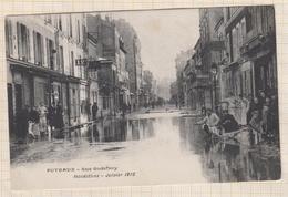8AK2200 Puteaux. - Rue Godefroy. - Inondations - Janvier 1910.  2 SCANS - Puteaux